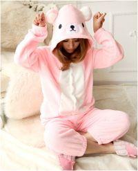 Mama's in pyjama's
