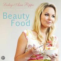 boek beautyfood Lesley Ann Poppe
